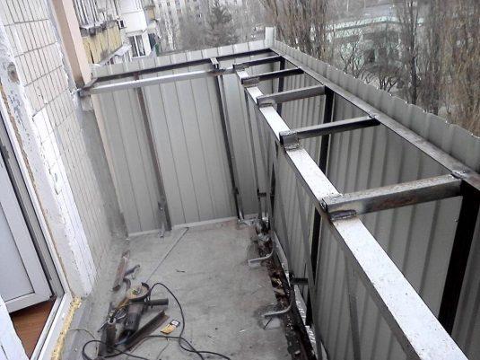 Монтаж выноса балкона